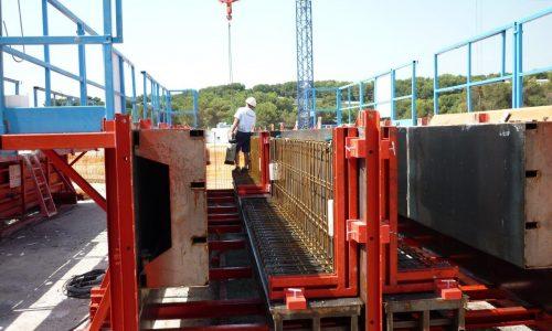 moule de poutre vue sur un chantier